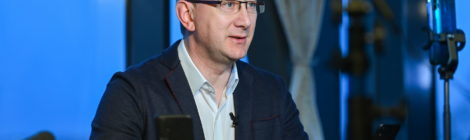 Владислав Шапша в ходе прямой линии в социальных сетях призвал жителей области к участию во всероссийском онлайн-голосовании